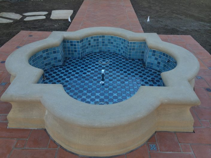 Moroccan Star & Cross fountain